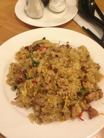 Kampong Ah Lee Malaysian Delight: Spicy rice with pork and vegetables! Yum!!!