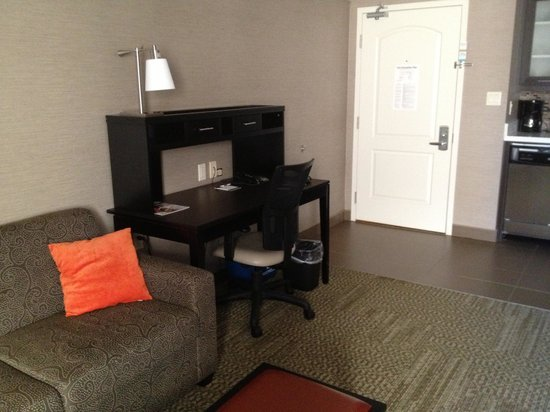 Staybridge Suites Hamilton - Downtown: Office area