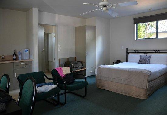 Durham Motor Inn : Interior living area