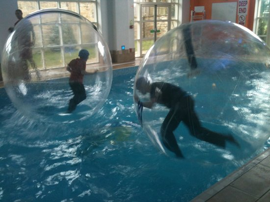 Cresswell Towers Holiday Park - Park Resorts: Water Walkers