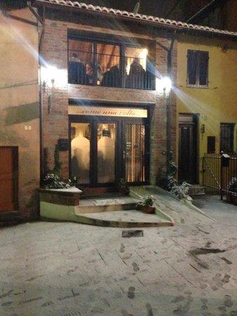 Carbonara Scrivia, Italia: La Rocca dei vecchi e nuovi sapori