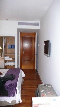 NH Madrid Nacional: Habitación