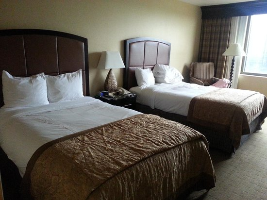 InterContinental Dallas: Room with Queen size beds.