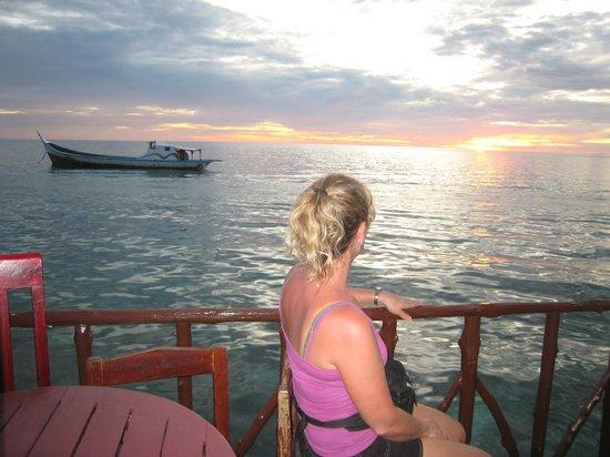 My Scuba Diver's Mabul Homestay : Sunset at Mabul Homestay