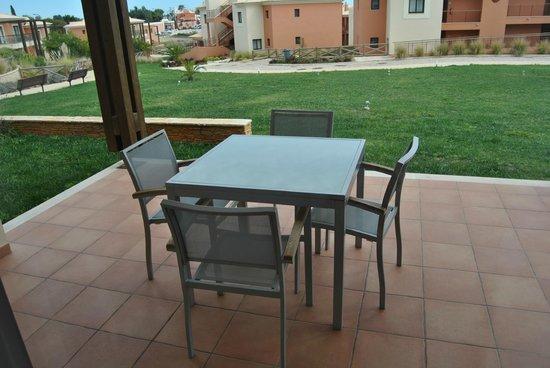 Monte Santo Resort: terraza vistas jardin comun