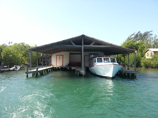 Reef House Resort: The boathouse