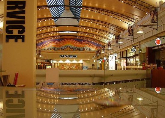 There are plenty of Shopping Malls around Perth in the Suburbs in addition to Harbour Town Factory Outlets in West Perth, Forrest Chase, Enex Hay Street Mall, Wesley Quarter, King Street Mall in the Perth CBD, the Colonnades in Subiaco & the Claremont Quarter in Claremont all Containing Department Stores, Designer Labels & Luxury Boutiques.