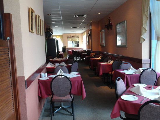 Romero's Restaurant : Dining Room
