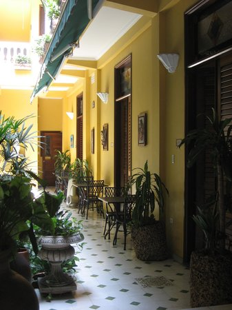 Casa La Fe - a Kali Hotel: A view of the courtyard