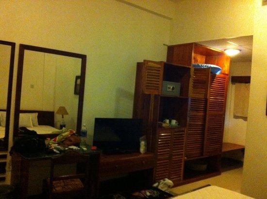 Galu Inn : Chambre