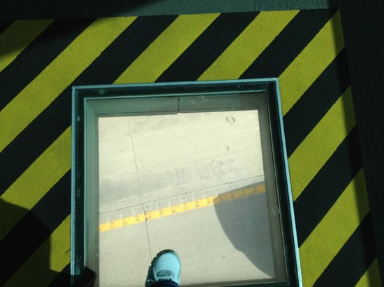 Saint Louis Science Center: Another view of looking down on passing cars