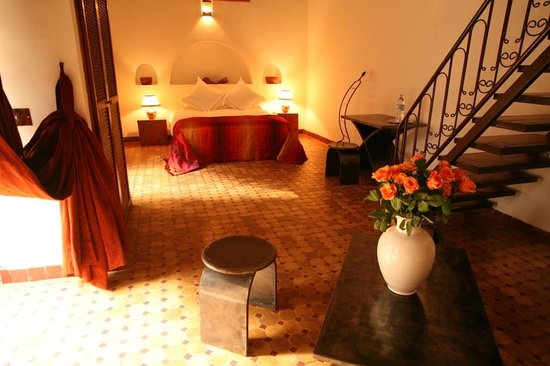 Riad Laaroussa Hotel and Spa: Orange Suite