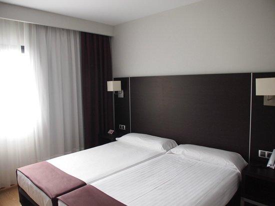 Hotel Plazaola : Habitación