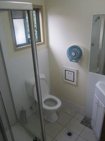 Sleeping Inn Backpackers: Bathroom