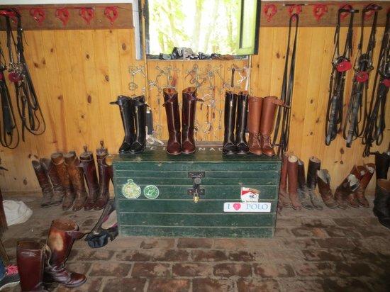 El Venado Polo School : Boots ready and waiting