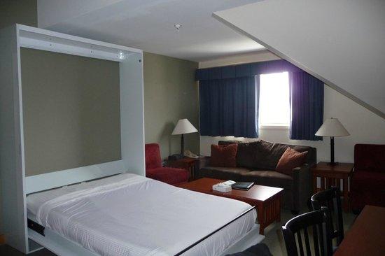 studio room picture of killington grand resort hotel. Black Bedroom Furniture Sets. Home Design Ideas
