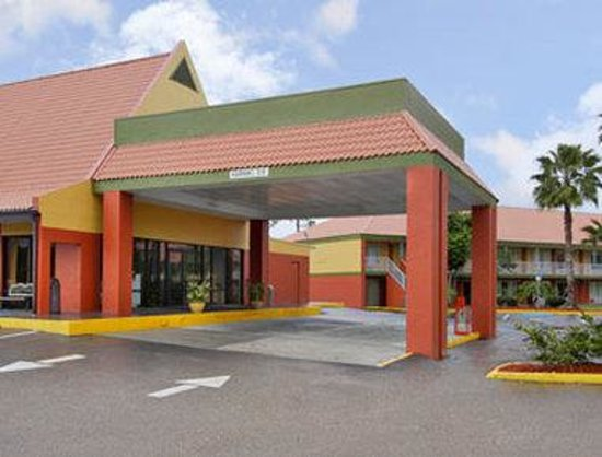 Days Inn Cocoa Cruiseport West At I-95/524 Hotel