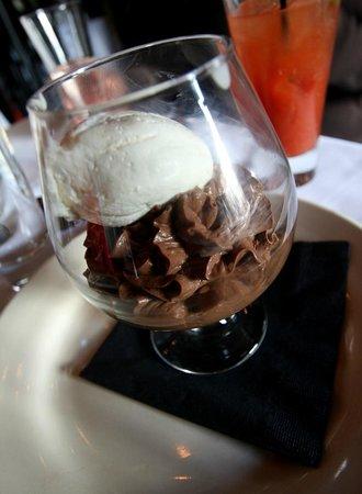 Grapevine Restaurant: Delicious Chocolate Mousse