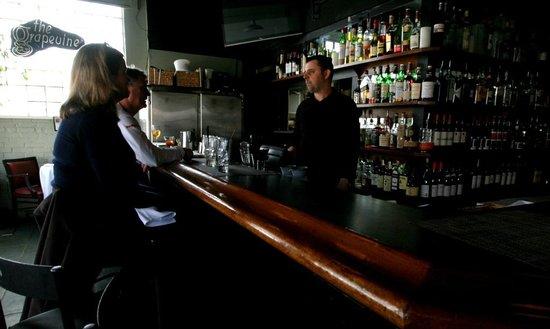 Grapevine Restaurant: Full Bar