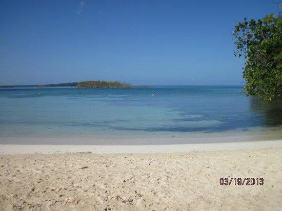 Half Moon Beach: Quiet and calm.