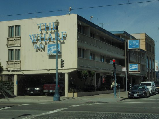 The Wharf Inn: outside
