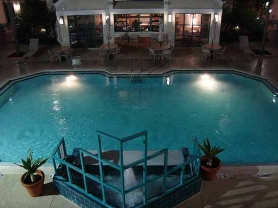 Sonesta ES Suites Orlando: The Pool
