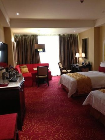 Maxims Hotel - Resorts World Manila: the room we've used...