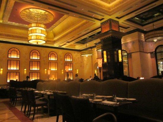 Grand Lux Cafe Dallas Reviews
