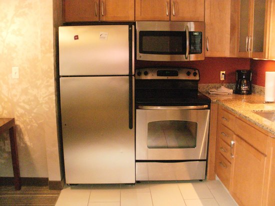 Residence Inn Springfield South : kitchen in 2 bedroom suite
