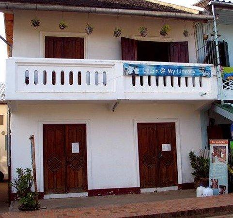 Ninlioteca de Luan Prabang