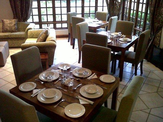 Dark Chocolate Superior Guest House: Restaurant