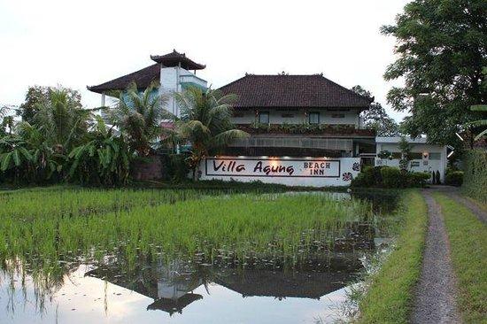 Villa Agung Beach Inn : Hotel