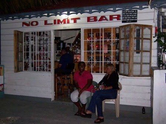 No Limits Bar Foto
