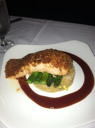 Wave Bistro: Cashew Crusted Salmon