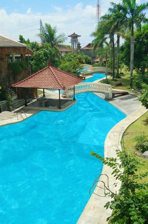 The Graha Cakra Bali Hotel: Scuba Dive Pool