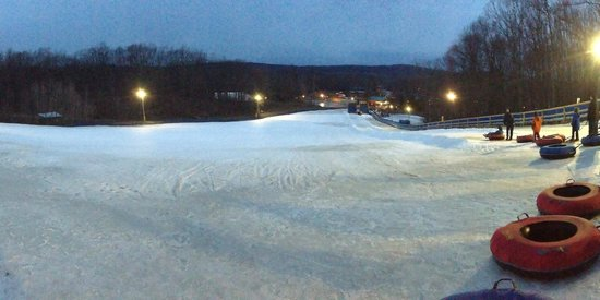 Rocking Horse Ranch Resort: The ski hill from the top.