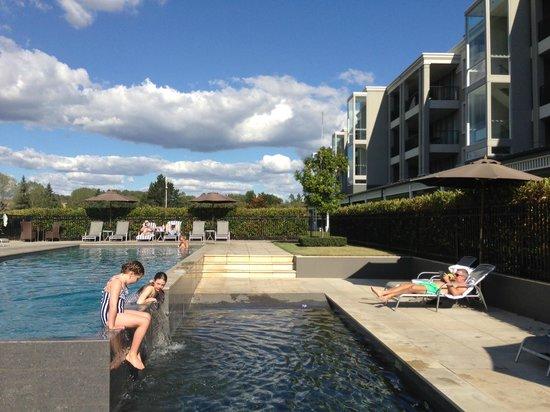 Hilton Lake Taupo: The pool