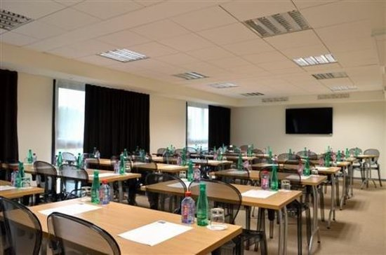 Kyriad Prestige Saint Nazaire : Meeting Room