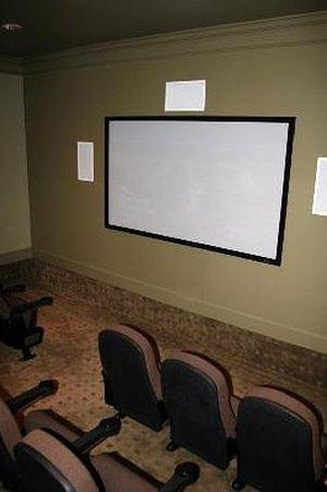 Oakwood at Meridian Parkside : Theater Room