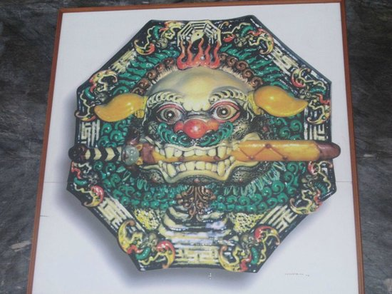Wen Wu Temple: One of wall decorations