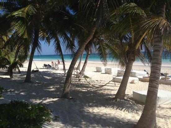 Cabanas Tulum: The beach