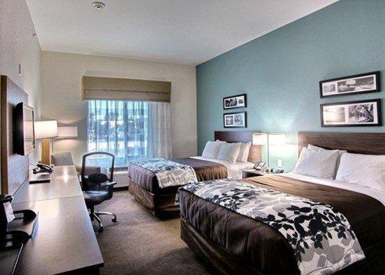 Sleep Inn & Suites Center: TXFDouble