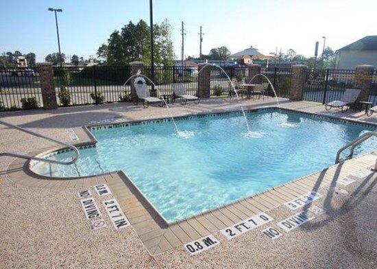 Sleep Inn & Suites Center: TXFPool Fountain