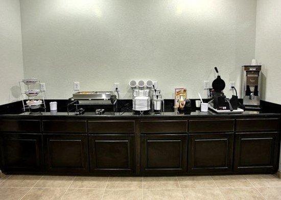 Sleep Inn & Suites Center: TXFBreakfast Area