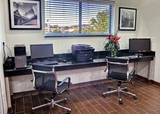 Sleep Inn & Suites Center: TXFBusiness Center