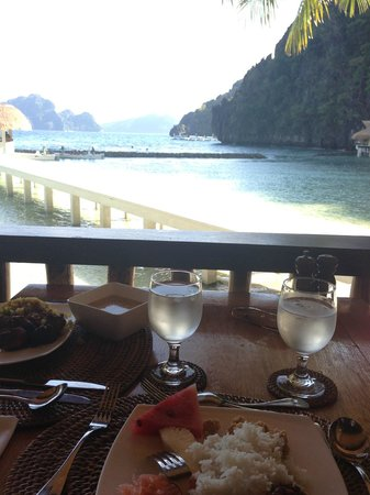 El Nido Resorts Miniloc Island: View during lunch