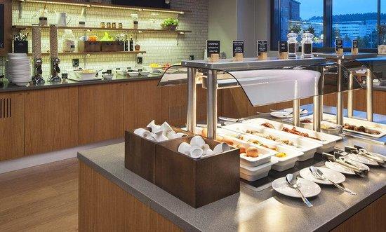 Solo Sokos Hotel Paviljonki: Breakfast