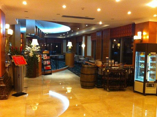 Oriental Garden Hotel: Lobby 1