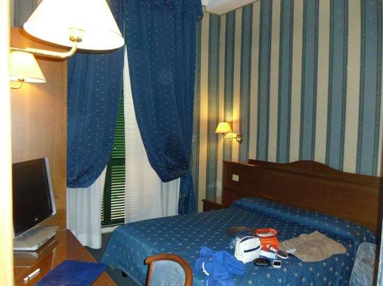 Montecarlo Hotel: room