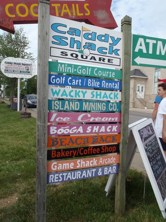 Caddy Shack Square: Sign